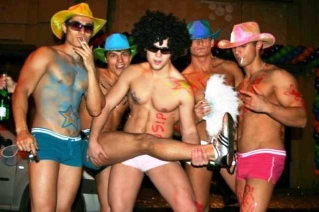 А правда что гей клубы умирают как таковые? Я имею ввиду те, старые-