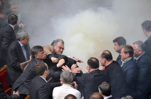 Драка в парламенте Украины