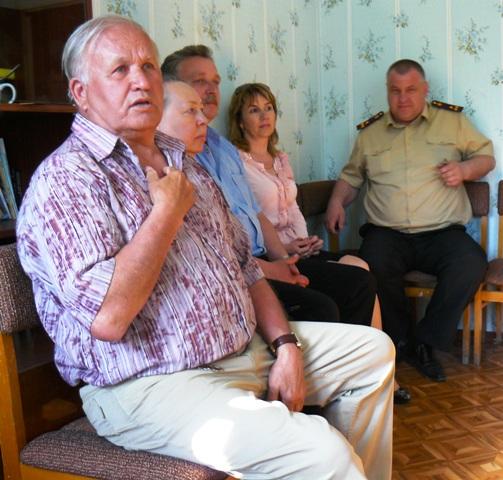 Валентин Щербинин член редколлегии и заслуженный журналист